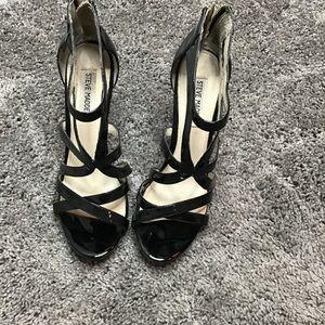 Size 9 Steve Madden Sandals/heel